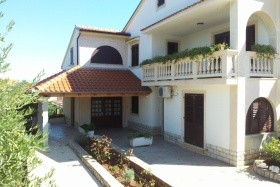 Franka Apartmanház - Mali Losinj