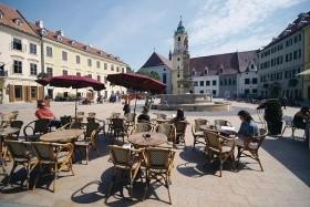 Egy Nap, Két Főváros: Bécs És Pozsony