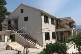 Jelena Apartmanház
