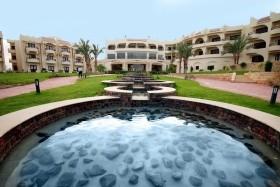 Kairó + Coral Hills Resort