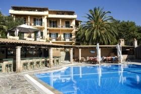 Yannis Hotel ***