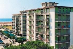 Smeralda Apartmanház