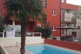 Ivona Apartmanház