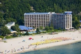 Club Dobrotiza Beach