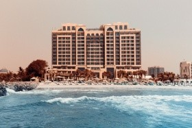 Hotel Ajman Saray***** Ajman (Emirates Járattal)