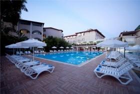Arma\'s Bella Sun Hotel
