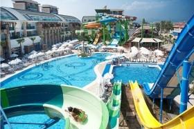 Crystal Waterworld Resort - Törökországi Üdülés