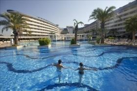 Crystal Admiral Resort - Törökországi Üdülés