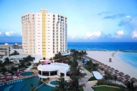 Krystal Grand Punta Cancun ***** Cancun Beach