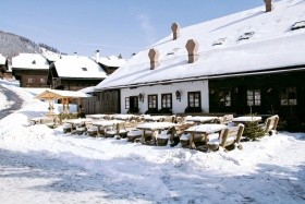 Kirchleitn Dorf Großwild