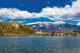 3 nap, 3 tó, 3 oszág - dal serie di Un passo dal cielo