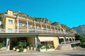Hotel Bazzanega