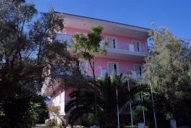 Dionysos Apartmanház