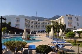 Sempati Club Hotel