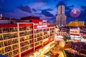 Hotel Sleep With Me Design Hotel & Patong **** Phuket