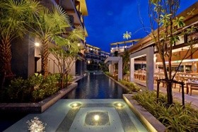 9 Éj Krabi (Deevana Plaza) + 3 Éj Bangkok (Prince Palace) 4*