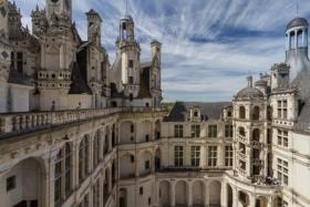 Párizs és a mesebeli kastélyok világa