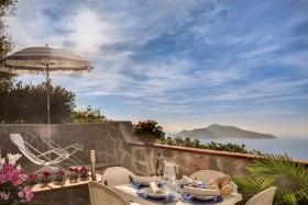 Hotel & Reisence Gocce Di Capri