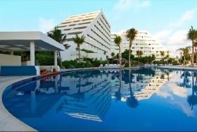 Oasis Palm Cancun****-Ai