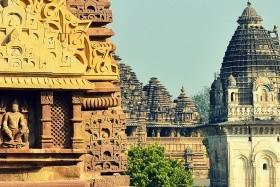 A buddhista és a mogul Észak-India