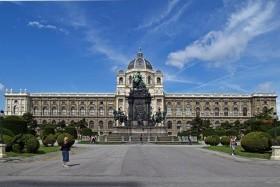 Ausztria magyar emlékhelyei