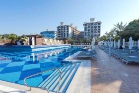 Quattro Beach Resort
