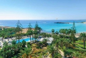 Nissi Beach Resort Hotel Debreceni Indulás