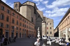 Gasztronómiai Élmények Bolognában És Környékén