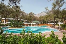 Nirvana Lagoon Villas Suites