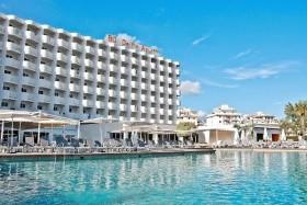 Bq Delfin Azul Hotel