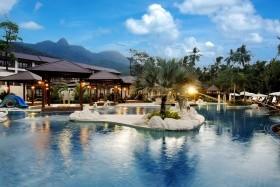 5 Éj Koh Chang (Koh Chang Kacha Resort & Spa ) 4* + 2 Éj Bangkok (Prince Palace) 4* Sup.