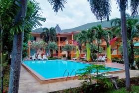 8 Éj Koh Chang (Coconut Beach Resort) + 3 Éj Bangkok (Cha Da Bangkok) 3*