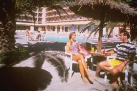Bg Hotel Java