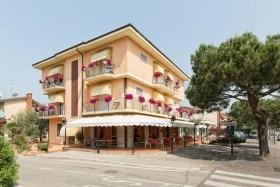 Hotel Azzurra - Colombare Di Sirmione