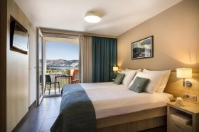 San Marino Sunny Resort By Val