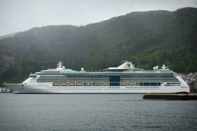 Serenade Of The Seas - A Panama-Csatornán Át - 15 Éjszakás Hajóút