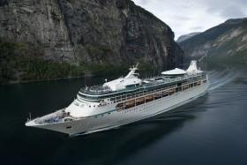 Vision Of The Seas - A Panama-Csatornán Át - 16 Éjszakás Hajóút