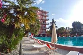 Perla Marina Apartmanház (Liguria)