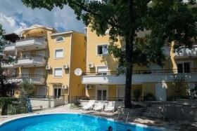 Jelica Apartmanház - Topla