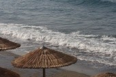 Hullámzó tengerpart a Hotel mellett