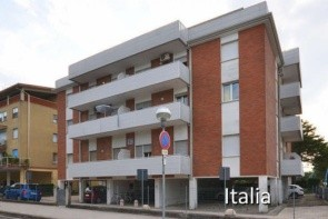 Piazza Treviso Apartman