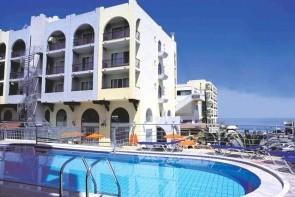 Hotel Lefkoniko Bay / Beach