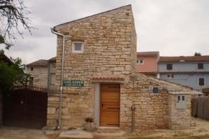 Villa Laki