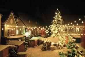 Osztrák városok: Salzburg-Steyer-Melk, karácsonyi díszben