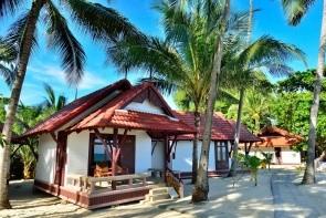 First Bungalov Beach Resort