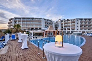 Seabank Resort & Spa Hotel