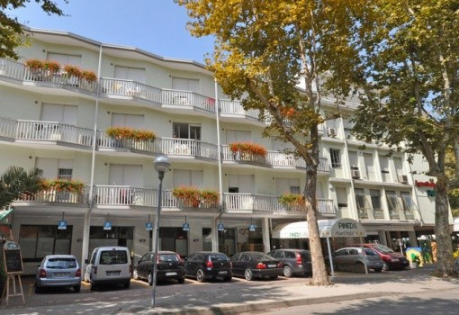 Pineda Aparthotel