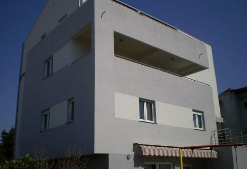 Lav apartmanok