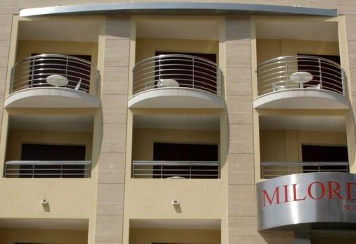 Aparthotel Milords Suites