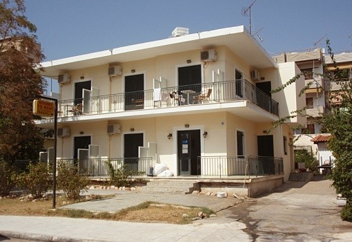 Yannis Apartman